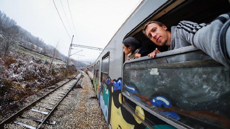 На поезде в Черногорию