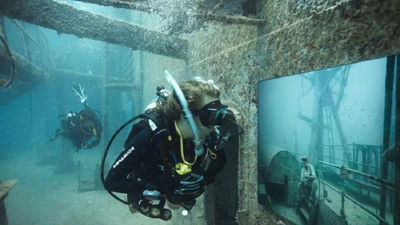 Подводная выставка в Которе
