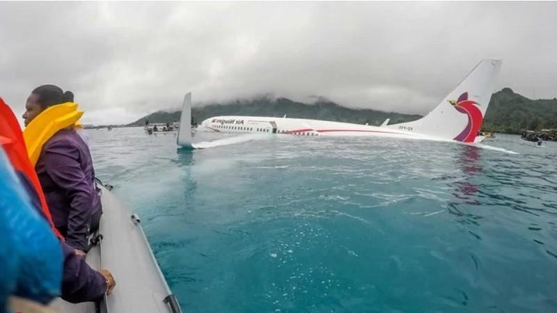 Аварийная посадка самолета в Папуа-Новая Гвинея