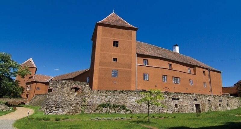 Замок Кесег