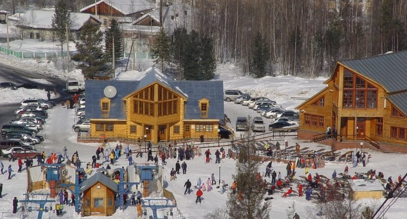 Отели Байкальска