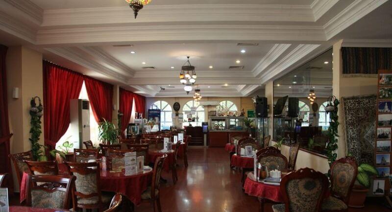 Интерьер ресторана Казань в Шардже