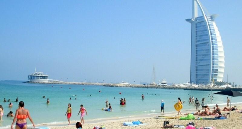 Правила поведения на пляжах Дубая