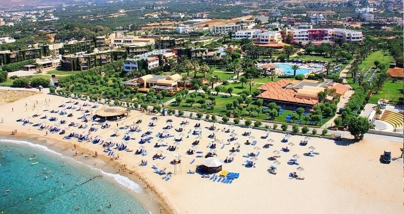 Отели курорта Anissaras